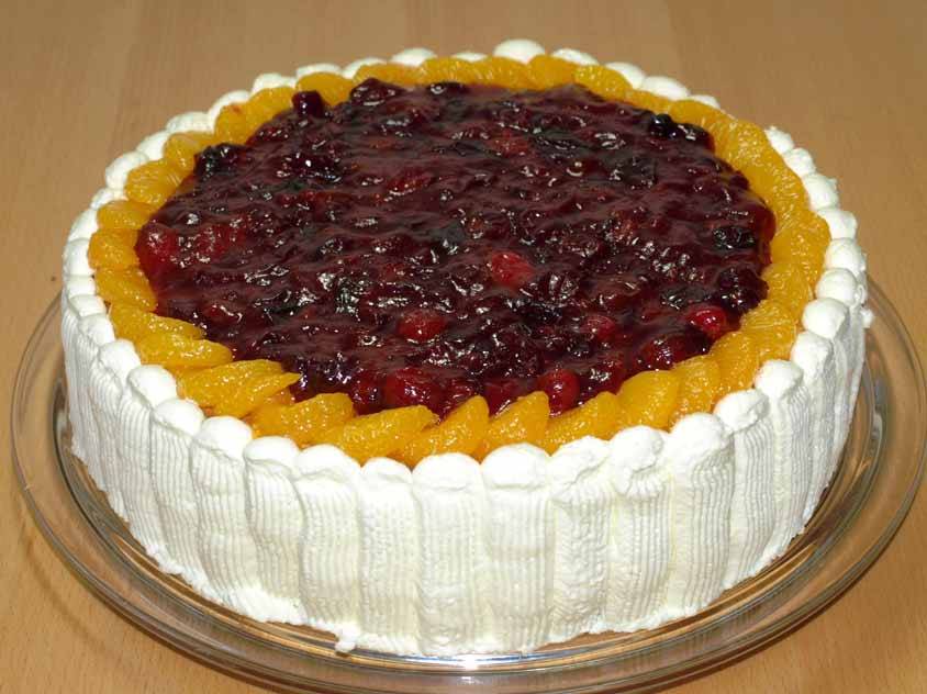 rezept cranberry torte mit mandarinen mit moosbeeren orangen mandarinen apfel biskuit und pekann se. Black Bedroom Furniture Sets. Home Design Ideas