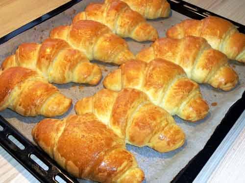 Blätterteig-Croissants