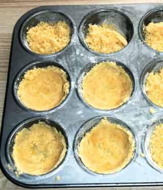 Saftige Muffins Mit Quark Rezept Fur Mini Kasekuchen Mit Streusel