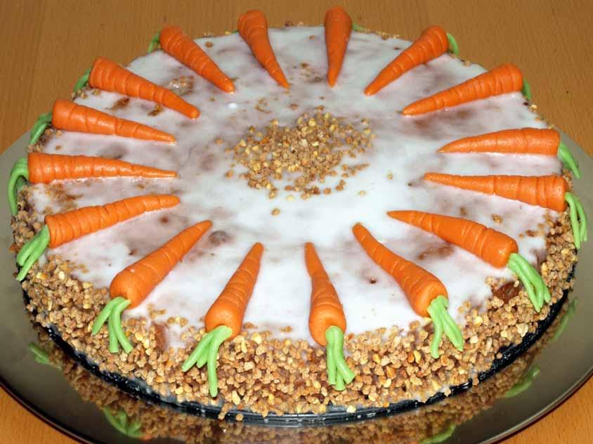 Karottenkuchen Rezept Saftiger Rublikuchen Mit Marzipan Karotten