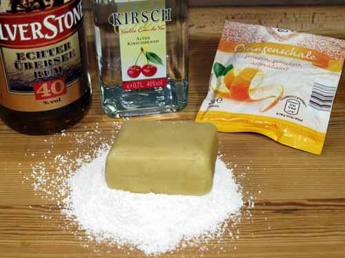 pralinen selber machen pralinen rezepte mit marzipan nougat krokant mit silikonform. Black Bedroom Furniture Sets. Home Design Ideas