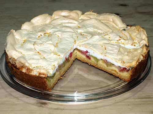 Rezept Rhabarberkuchen Mit Baiser Oder Streusel Pudding Und Murbeteig