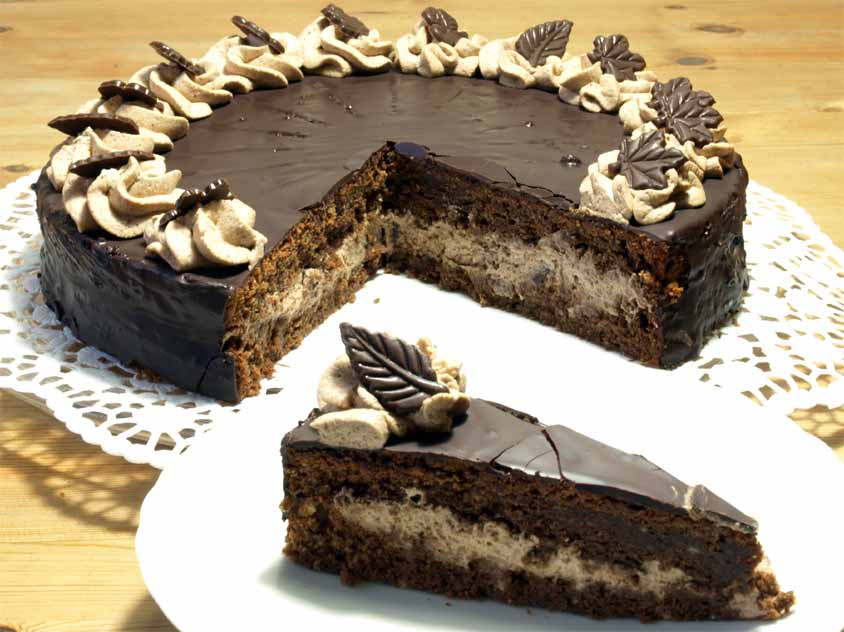 Schokoladentorte Rezept Mit Vollmilchschokolade Sahnecreme